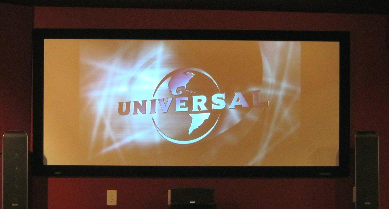 Universal-logo-pillarboxed.jpg