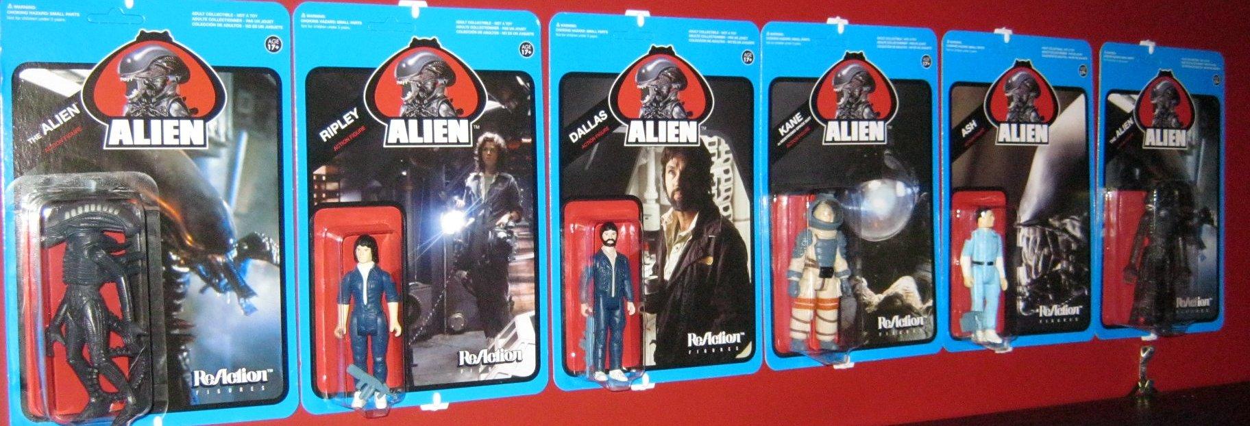 Alien-figures