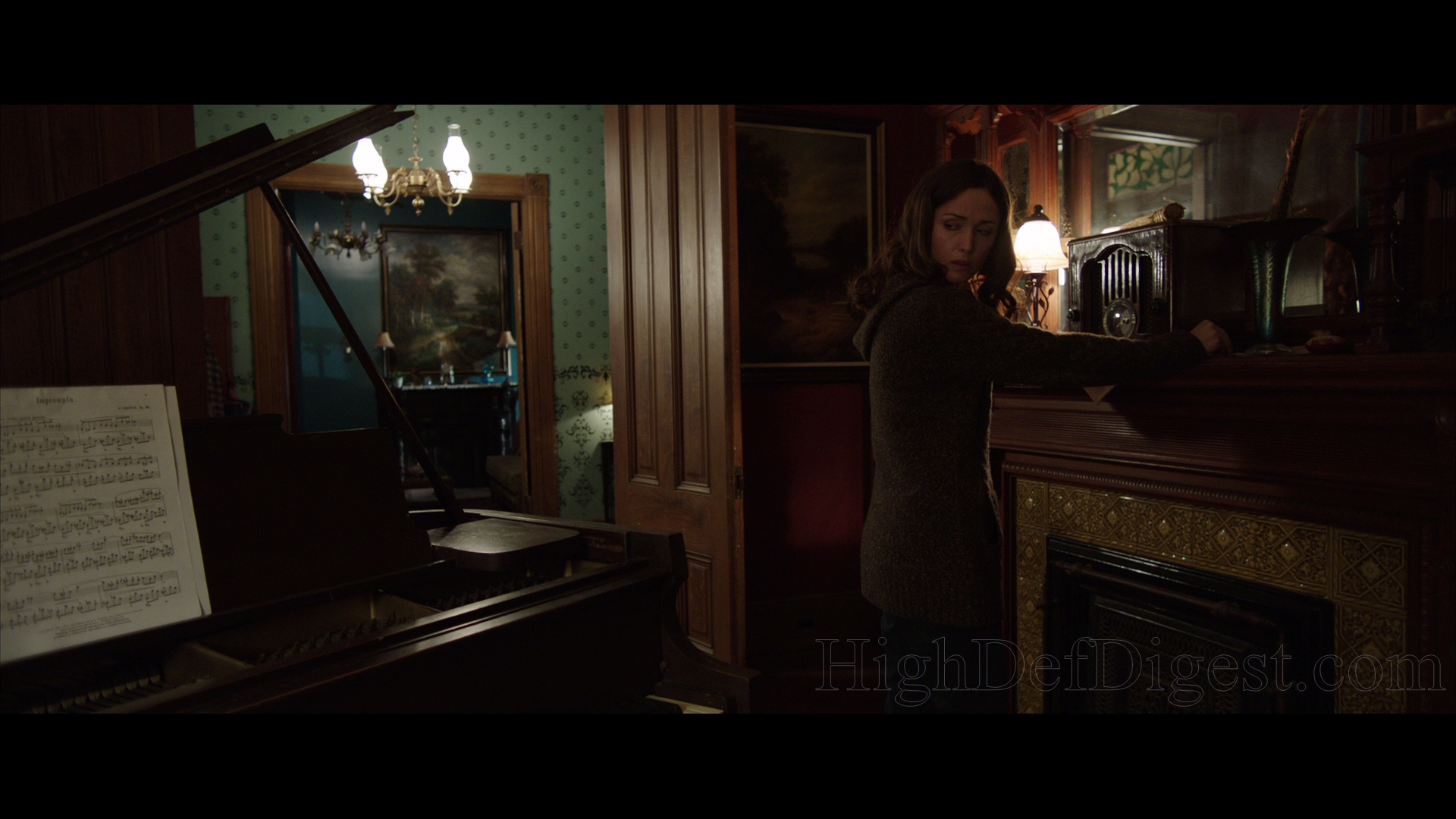 Marvelous Insidious Chapter 2 Blu Ray Review High Def Digest Home Interior And Landscaping Mentranervesignezvosmurscom