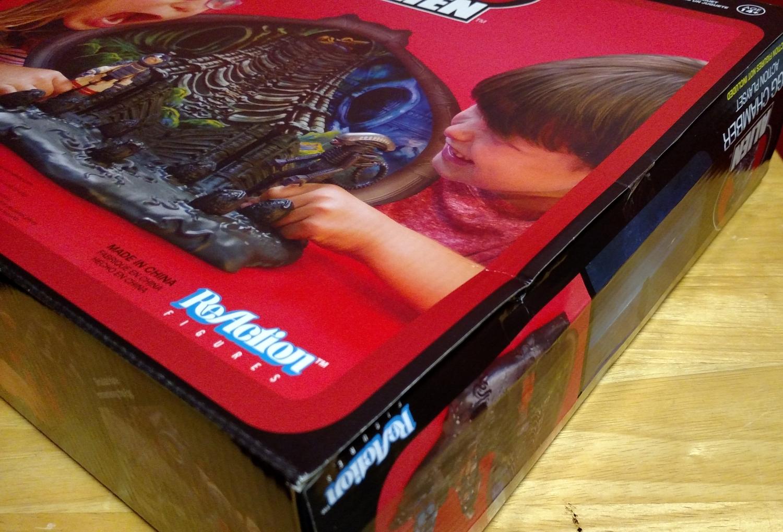 Alien Egg Chamber - Box Damage