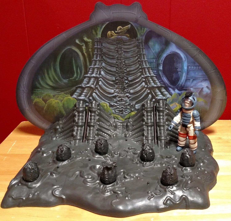 Alien Egg Chamber - Kane Enters