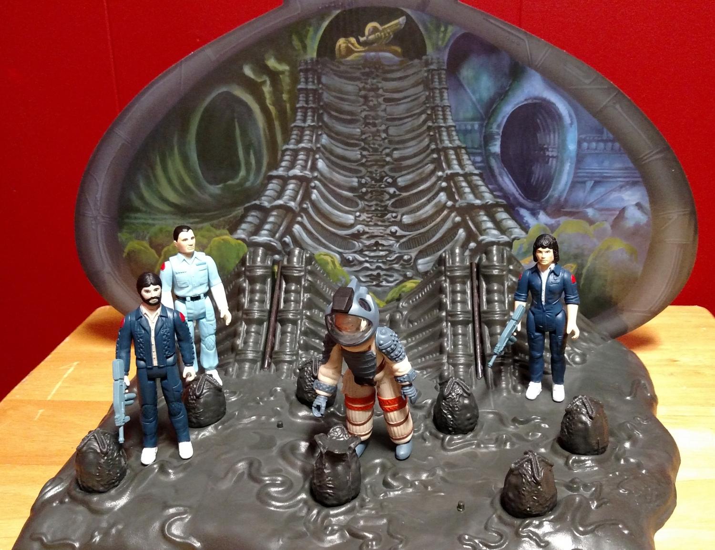 Alien Egg Chamber - Nostromo Crew