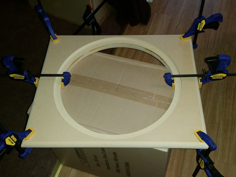 Front Baffle glued with trigger clamps