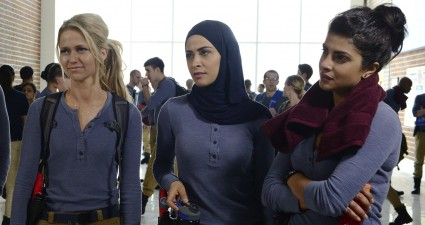 """QUANTICO - """"Run"""" -- A diverse group of recruits has arrived at the FBI Quantico Base for training. They are the best and the brightest, so it seems impossible that one of them is suspected of masterminding the biggest attack on New York City since 9/11. """"Quantico"""" airs SUNDAY, SEPTEMBER 27 (10:00-11:00 p.m. ET) on the ABC Television Network. (ABC/Guy D'Alema) GRAHAM ROGERS, BRIAN J. SMITH, JOHANNA BRADDY, YASMINE AL MASSRI, PRIYANKA CHOPRA"""