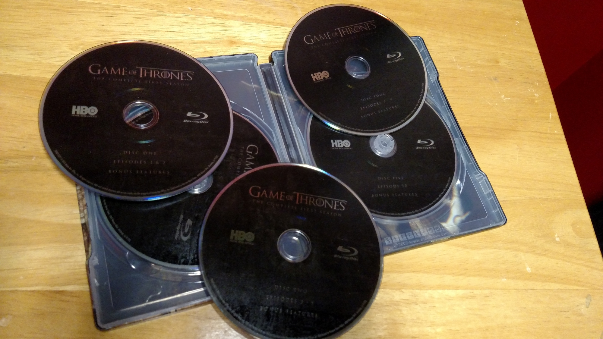 Game of Thrones SteelBook Inside - Discs Displayed