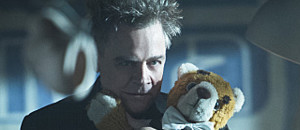 """The Flash -- """"Running to Stand Still"""" -- Image: FLA209A_0017b.jpg -- Pictured: Mark Hamill as James Jesse/Trickster -- Photo: Cate Cameron/The CW -- © 2015 The CW Network, LLC. All rights reserved."""