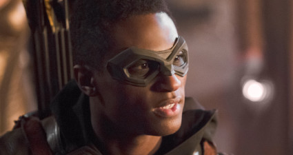 "DC's Legends of Tomorrow -- ""Star City 2046"" -- Image LGN106b_0385b.jpg -- Pictured: Joseph David-Jones as Connor Hawke / Green Arrow -- Photo: Diyah Pera/The CW -- © 2016 The CW Network, LLC. All Rights Reserved."
