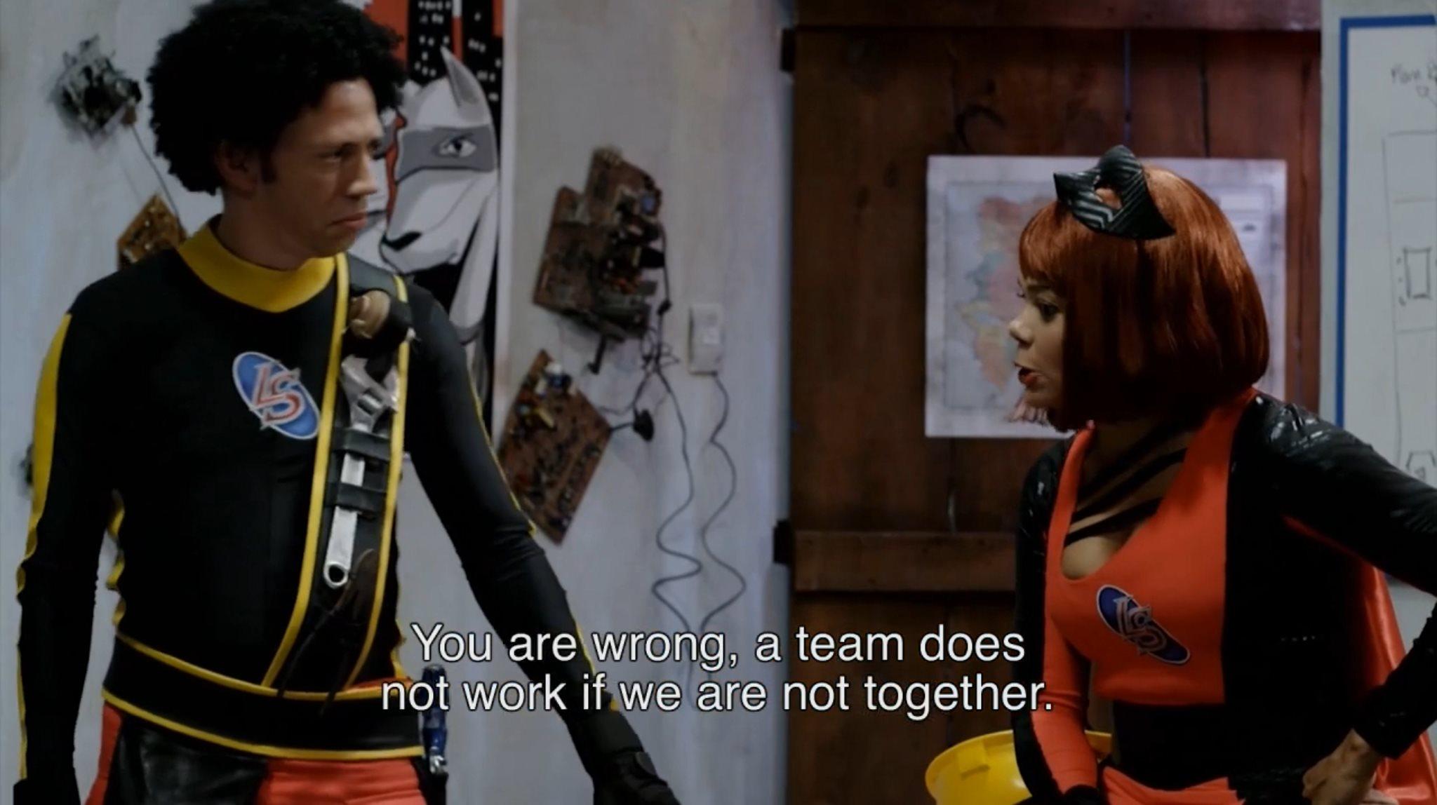 Superchepa aprende una lección sobre el trabajo en equipo
