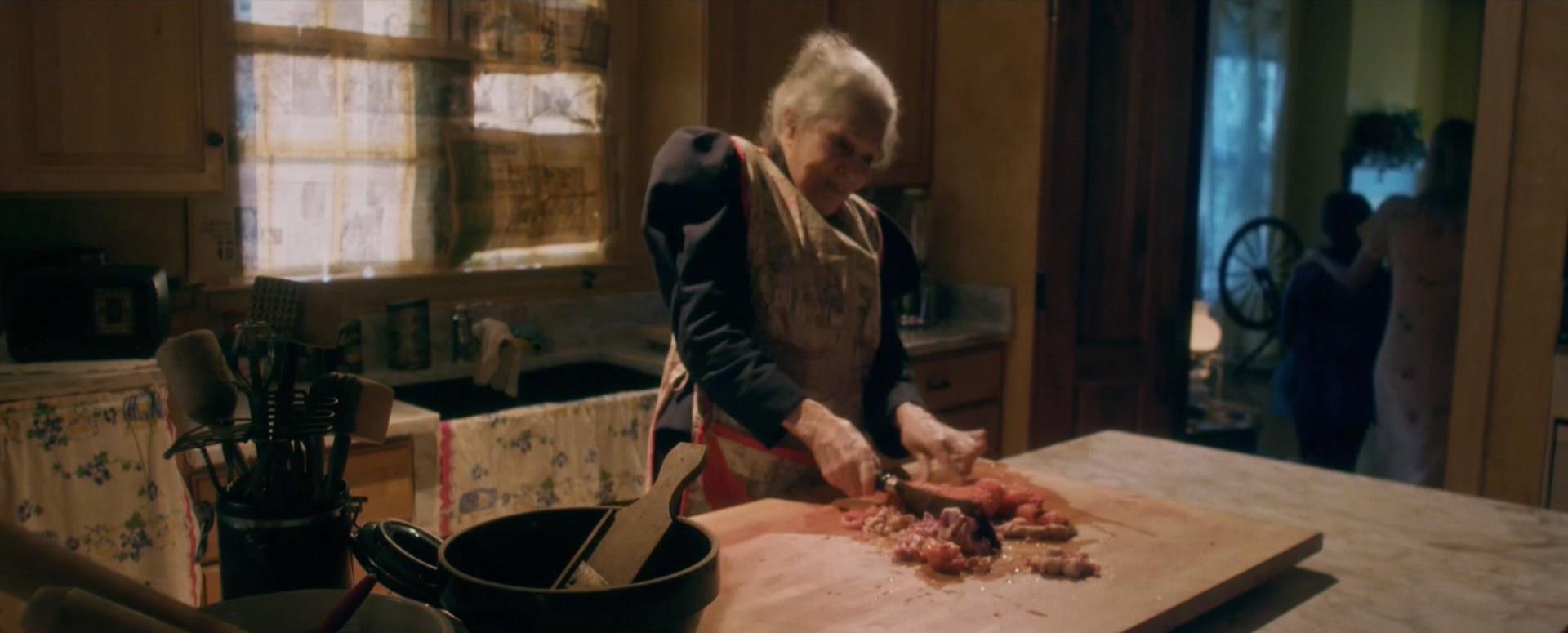 Do you smeeeeeeelll what Grandma O'Malley is cookin'?!?!?!?!