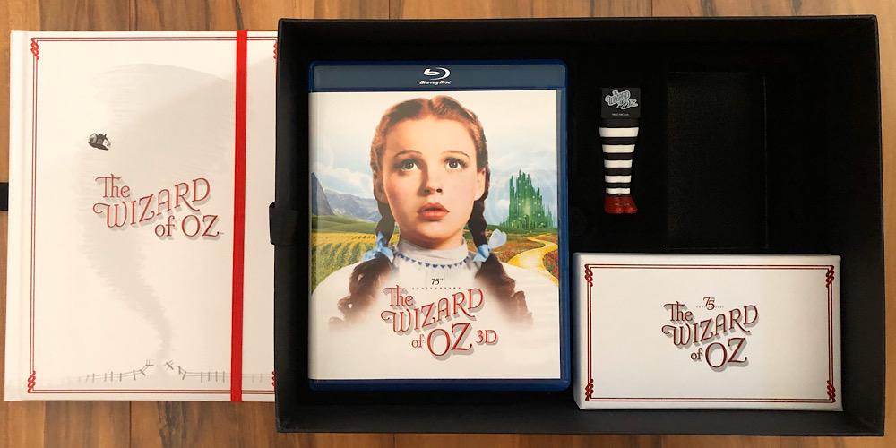 2013 75th Anniversary 3D Blu-ray Box Set Interior