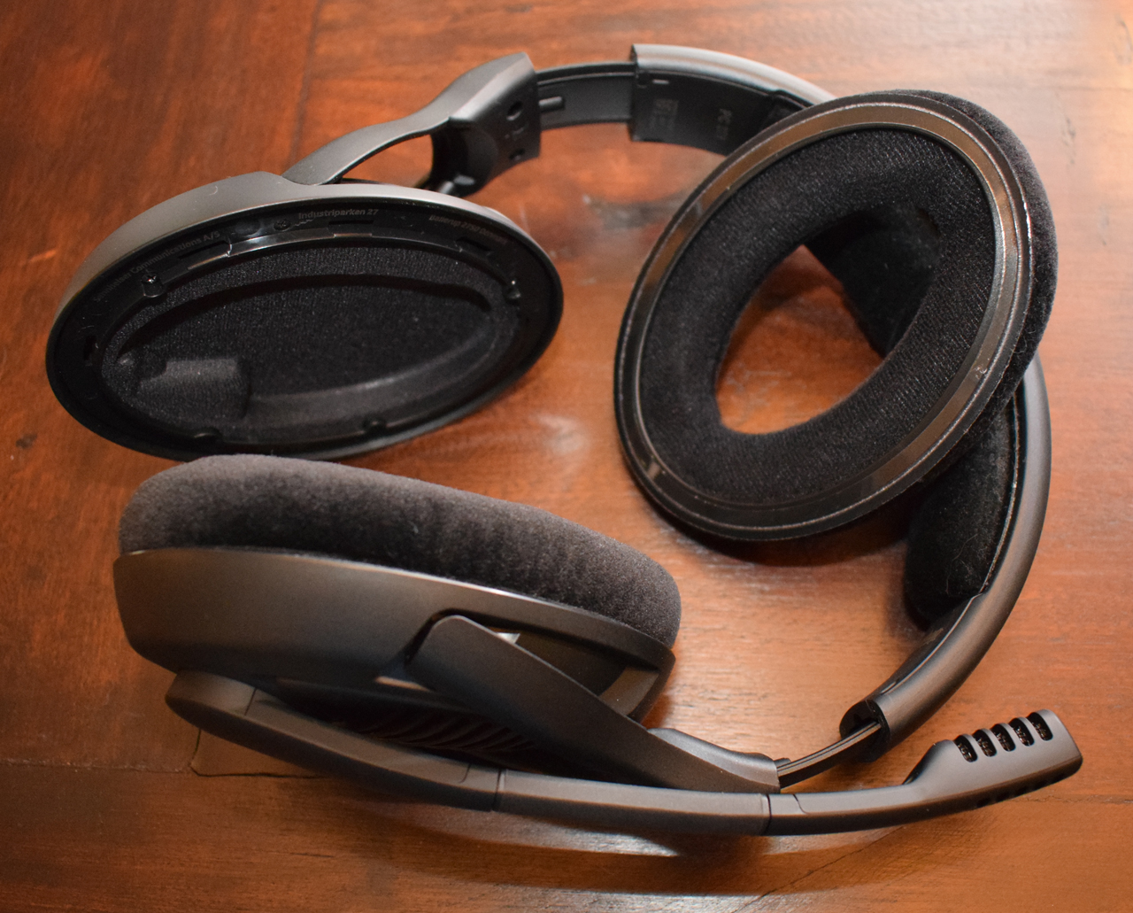 Massdrop x Sennheiser PC37X Gaming Headset Review Removable Ear Pads