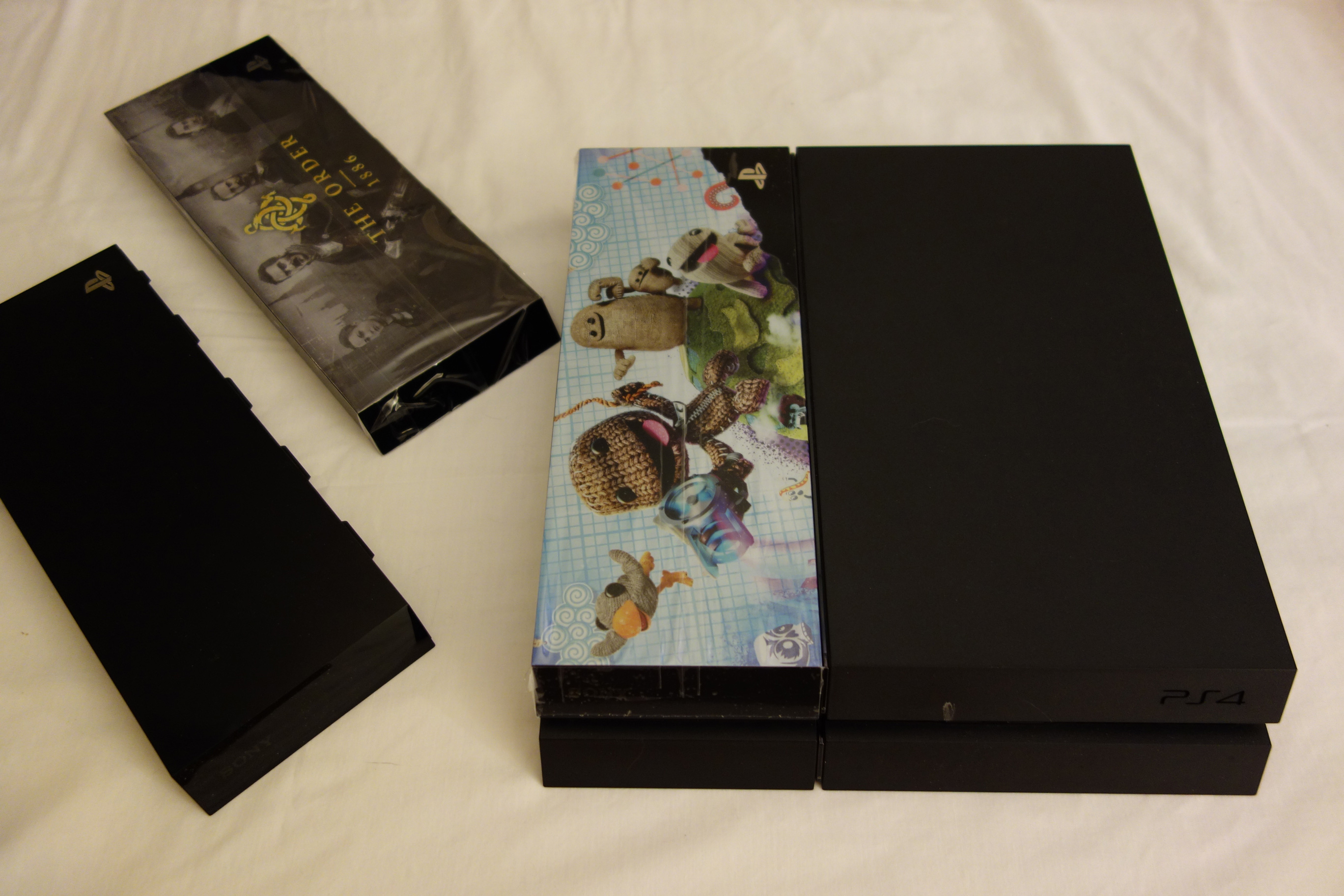 Project Skylight Limited Edition PS4 HDD Cover Faceplate